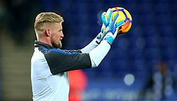Kasper Schmeichel of Leicester City - Mandatory by-line: Robbie Stephenson/JMP - 28/11/2017 - FOOTBALL - King Power Stadium - Leicester, England - Leicester City v Tottenham Hotspur - Premier League