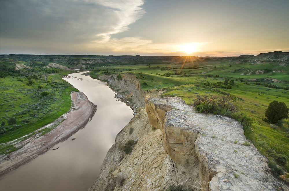 Sunset over the Little Missouri River, Theodore Rossevelt National Park, North Dakota