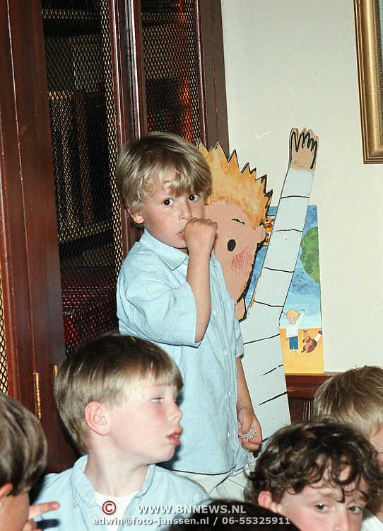 Nationale Voorleesdag, Sammie zoon van Monique van der Ven en Edwin de Vries