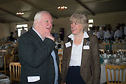 MIKE DIXON; SALLY MOGER, Side-Saddle Dash, Southern Spinal Injuries Trust charity Day. Wincanotn. 25 October 2015.