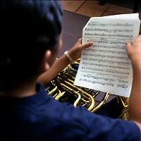 ESCUELA DE MUSICA JOSÉ MARTÍ - VENEZUELA<br /> Sarría, Caracas - Venezuela 2004<br /> Photography by Aaron Sosa