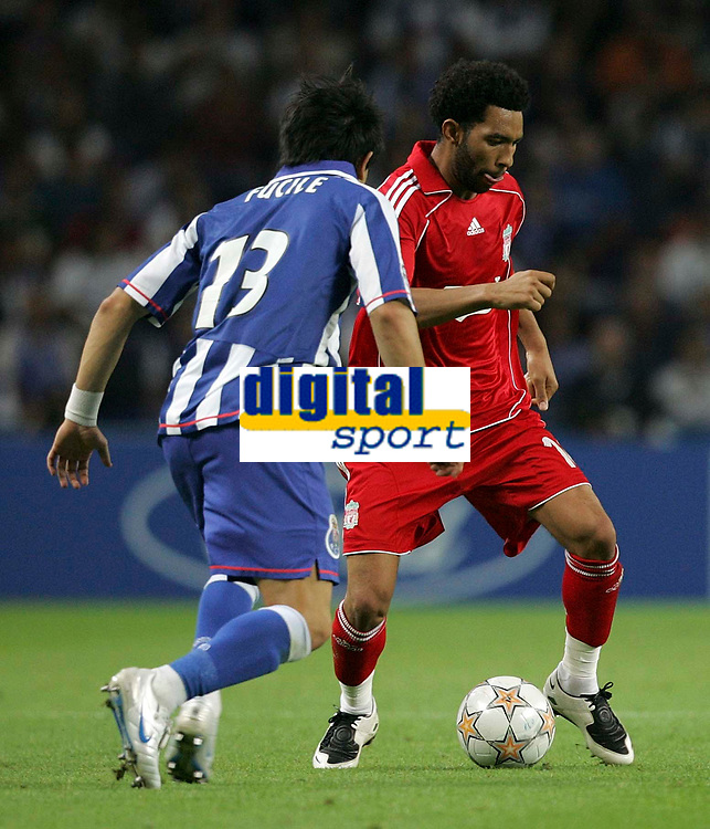 Photo: Paul Thomas.<br /> Porto v Liverpool. UEFA Champions League Group A. 18/09/2007.<br /> <br /> Jermaine Pennant (R) of Liverpool in action against the player who later gets him sent off for a second yellow card, Fucile.