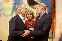 04 JUL 2003, BERLIN/GERMANY:<br /> Otto Schily (L), SPD, Bundesinnenminister, Marsha Ann Coats (M), Ehefrau des Botschafters, und Daniel R. Coats (R), Botschafter der Vereinigten Staaten von Amerika  in Deutschland, Begruessung zur Feier anl. des Unabhaengigkeitstages des Vereinigten Staaten, dem Independence Day, American Academy<br /> IMAGE: 20030704-02-004<br /> KEYWORDS:  4th of July celebration, USA, Handshake, Begrüßung<br /> Unabhängigkeitstag