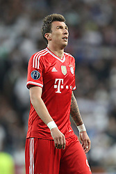 23.04.2014, Estadio Santiago Bernabeu, Madrid, ESP, UEFA CL, Real Madrid vs FC Bayern Muenchen, Halbfinale, Hinspiel, im Bild Enttaeuschung bei Mario Mandzukic #9 (FC Bayern Muenchen) // during the UEFA Champions League Round of 4, 1st Leg Match between Real Madrid vs FC Bayern Munich at the Estadio Santiago Bernabeu in Madrid, Spain on 2014/04/23. EXPA Pictures © 2014, PhotoCredit: EXPA/ Eibner-Pressefoto/ Kolbert<br /> <br /> *****ATTENTION - OUT of GER*****