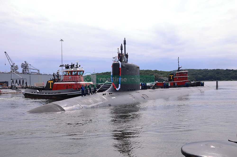 GROTON, Conn. (Aug. 12, 2013) The Virginia-class fast attack submarine USS New Mexico (SSN 779) returns to Naval Submarine Base New London after a 6-month deployment. (U.S. Navy photo by Mass Communication Specialist 2nd Class Kristina Young/Released) 130812-N-UK248-010<br /> Join the conversation<br /> http://www.facebook.com/USNavy<br /> http://www.twitter.com/USNavy<br /> http://navylive.dodlive.mil