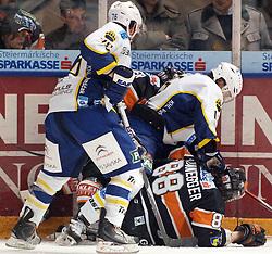 25.02.2010, Eisstadion Liebenau, Graz, AUT, EBEL, Graz 99ers vs KHL Zagreb, im Bild Aaron Fox (76, KHL Zagreb), Andy Sertih (15, KHL Zagreb), Mark Brunnegger (88, 99ers), Foul, EXPA Pictures © 2010, PhotoCredit: EXPA/ J. Hinterleitner / SPORTIDA PHOTO AGENCY.