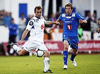 Fotball, 28. august  2010 , Tippeligaen , eliteserien<br /> Haugesund - Tromsø<br /> <br /> <br /> Trygve Nygaard , Haugesund<br /> Helge Haugen , TIL<br /> <br /> Foto: Anders Hoven , Digitalsport