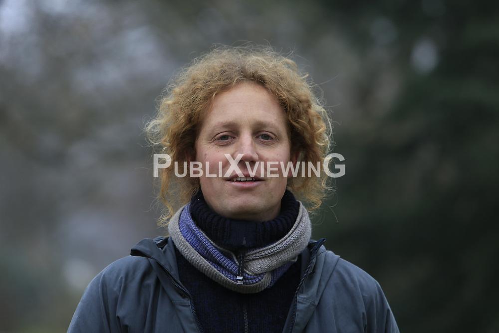 Portrait: Armin Simon<br /> <br /> Ort: Karlsruhe<br /> Copyright: Andreas Conradt<br /> Quelle: PubliXviewinG