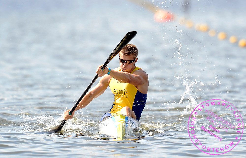 ANDERS GUSTAFSSON (SWEDEN) COMPETES IN MEN'S K1 500 METERS SEMIFINAL RACE DURING 2010 ICF KAYAK SPRINT WORLD CHAMPIONSHIPS ON MALTA LAKE IN POZNAN, POLAND...POLAND , POZNAN , AUGUST 20, 2010..( PHOTO BY ADAM NURKIEWICZ / MEDIASPORT ).