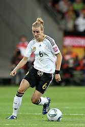 30.06.2011, Commerzbank Arena, Frankfurt, GER, FIFA Women Worldcup 2011, Gruppe A, Deutschland (GER) vs. Nigeria (NGA), im Bild .Simone Laudehr (GER)  .// during the FIFA Women Worldcup 2011, Pool A, Germany vs Nigeria on 2011/06/30, Commerzbank Arena, Frankfurt, Germany.  EXPA Pictures © 2011, PhotoCredit: EXPA/ nph/  Karina Hessland       ****** out of GER / CRO  / BEL ******
