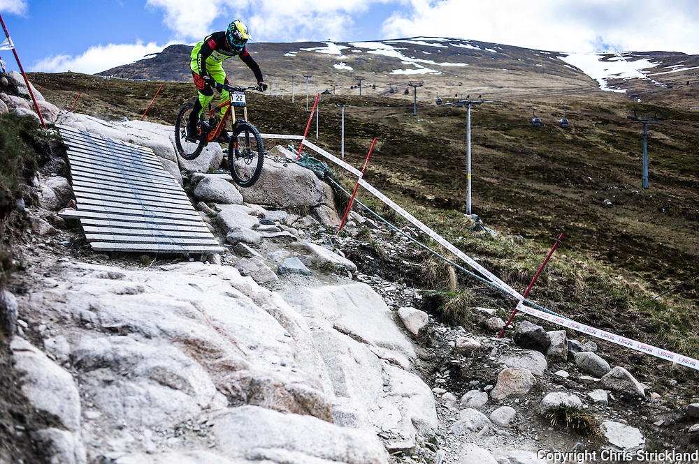 Nevis Range, Fort William, Scottish Highlands, UK. 15th May 2016. Brendan Fairclough competes in the British Downhill Series on Nevis Range in the Scottish Highlands.