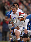 2005 Rugby, Investec Challenge, England vs Manu Samoa, Steve Thompson, find the gap, as England beat Samoa, 40 points to 3 at the RFU Stadium, Twickenham, ENGLAND:     26.11.2005   © Peter Spurrier/Intersport Images - email images@intersport-images..