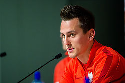 25.03.2016, Stadium Municipal, Wroclaw, POL, Pressekonferenz Fußballnationalmannschaft Polen, im Bild Arkadiusz Milik // during a press conference of Polish national football team before tomorrow friendly match between Poland and Finland at the Stadium Municipal in Wroclaw, Poland on 2016/03/25. EXPA Pictures © 2016, PhotoCredit: EXPA/ Newspix/ Sebastian Borowski<br /> <br /> *****ATTENTION - for AUT, SLO, CRO, SRB, BIH, MAZ, TUR, SUI, SWE only*****