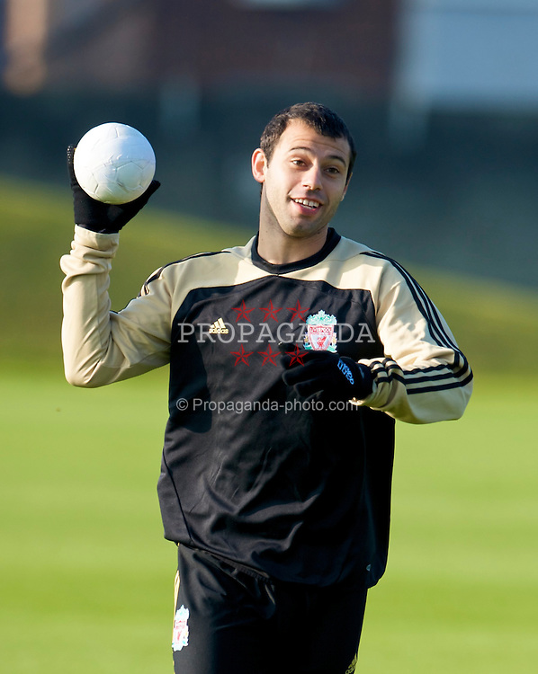 LIVERPOOL, ENGLAND - Monday, November 3, 2008: Liverpool's Javier Mascherano during training at Melwood ahead of the UEFA Champions League Group D match against Club Atletico de Madrid. (Photo by David Rawcliffe/Propaganda)
