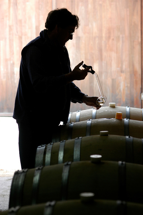 Trevor Kent - Wine Maker for Cullen Wines 21/12/05 Cowaramup (Margaret River Region - Cape Country) South-West Western Australia.Photograph David Dare Parker for The New York Times