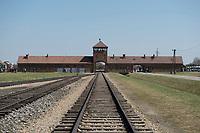 09 APR 2012, KRAKOW/POLAND:<br /> Torhaus und Schienen von innen gesehen, Staatliches polnisches Museum / Gedenkstaette des ehem. Konzentrationslager Ausschitz-Birkenau<br /> IMAGE: 20120409-01-010<br /> KEYWORDS: Krakau, KZ, Vernichtungslager Auschwitz II–Birkenau, Polen