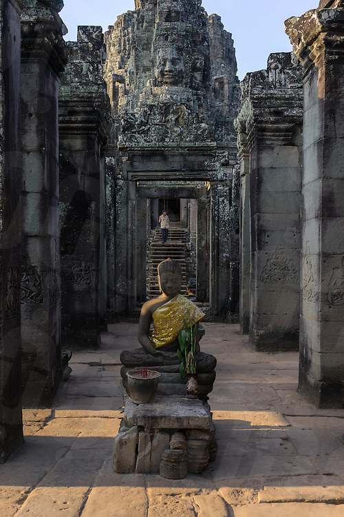March 31, 2014 - Siem Reap. A buddhist statue inside the ruin of Angkor Thom. © Thomas Cristofoletti / Ruom