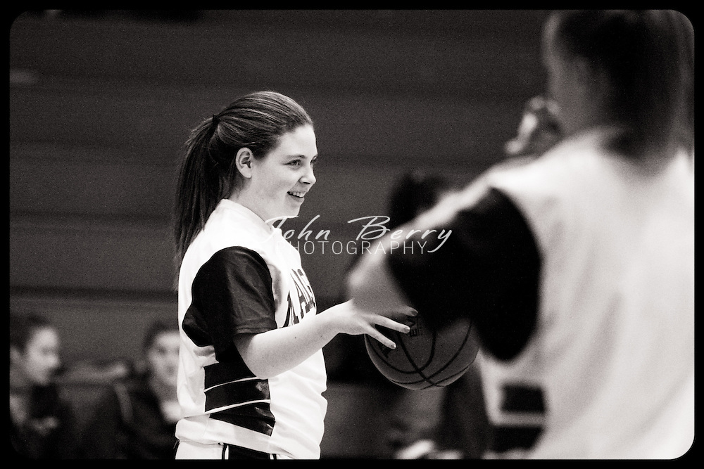 Date: 1/12/10, MCHS JV Girls Basketball vs Manassas Park Cougars, Madison wins 37-14.
