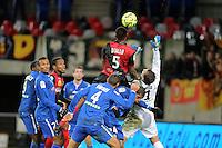 Moustapha DIALLO / Rudy RIOU - 10.01.2015 - Guingamp / Lens - 20eme journee de Ligue 1<br />Photo : Vincent Michel / Icon Sport