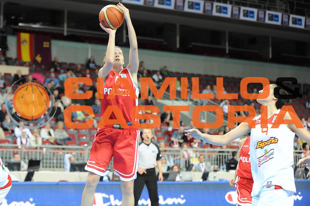 DESCRIZIONE : Riga Latvia Lettonia Eurobasket Women 2009 Qualifying Round Spagna Polonia Spain Poland<br /> GIOCATORE : Justyna Zurowska<br /> SQUADRA : Polonia Poland<br /> EVENTO : Eurobasket Women 2009 Campionati Europei Donne 2009 <br /> GARA : Spagna Polonia Spain Poland<br /> DATA : 13/06/2009 <br /> CATEGORIA : tiro<br /> SPORT : Pallacanestro <br /> AUTORE : Agenzia Ciamillo-Castoria/M.Marchi<br /> Galleria : Eurobasket Women 2009 <br /> Fotonotizia : Riga Latvia Lettonia Eurobasket Women 2009 Qualifying Round Spagna Polonia Spain Poland<br /> Predefinita :