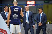 DESCRIZIONE : Cremona Lega A 2015-16 Play Off gara 1 Vanoli Cremona Umana Reyer Venezia <br /> GIOCATORE :  Gianluca MATTIOLI - Carmelo LO GUZZO - Mark BARTOLI<br /> CATEGORIA :  Arbitro pregame<br /> SQUADRA : <br /> EVENTO : Campionato Lega A 2015-2016 GARA : Vanoli Cremona vs Umana Reyer Play Off gara 1<br /> DATA : 08/05/2016 <br /> SPORT : Pallacanestro <br /> AUTORE : Agenzia Ciamillo-Castoria/I.Mancini<br /> Galleria : Lega Basket A 2015-2016 Fotonotizia : Cremona Lega A 2015-16 PlayOff Gara 1  Vanoli Cremona Umana Reyer Venezia