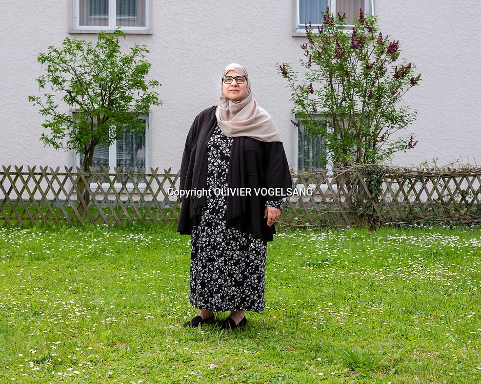 Lausanne, avril 2018. Sandrine Ruiz, nouvelle présidente de l'UVAM, Union Vaudoise des Associations Musulmanes est la fédération des centres islamiques dans le Canton de Vaud. Avenue de la Confrérie 11 à Prilly. © Olivier Vogelsang