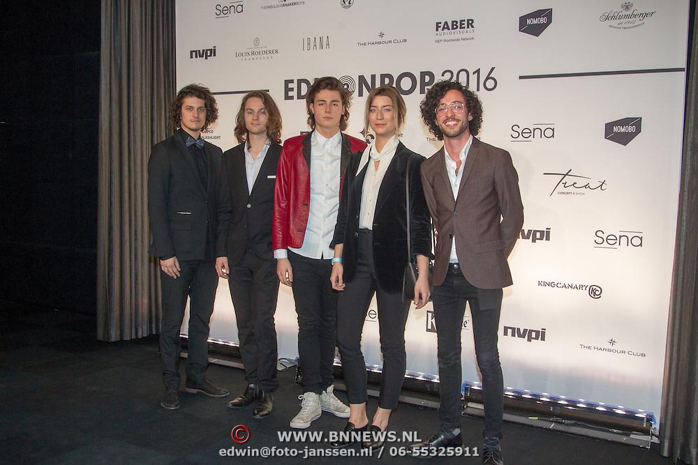 NLD/Amsterdam/20160321 - Edison Pop Awards 2016, Indiepopband Ronde