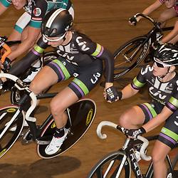 20-12-2015: Wielrennen: NK Baan: Alkmaar<br />ALKMAAR (NED) baanwielrennen  <br />Kelly Markus doet een aflossing met Amy Pieters. Het koppel zou de zilveren medaille pakken op de koppelkoers voor vrouwen