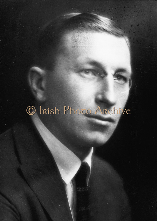 Frederick Grant Banting (1891-1941) Canadian physiologist who with his assistant, CH Best, discovered Insulin (1921).  Nobel prize for medicine 1923.  Photograph courtesy of The Nobel Foundation