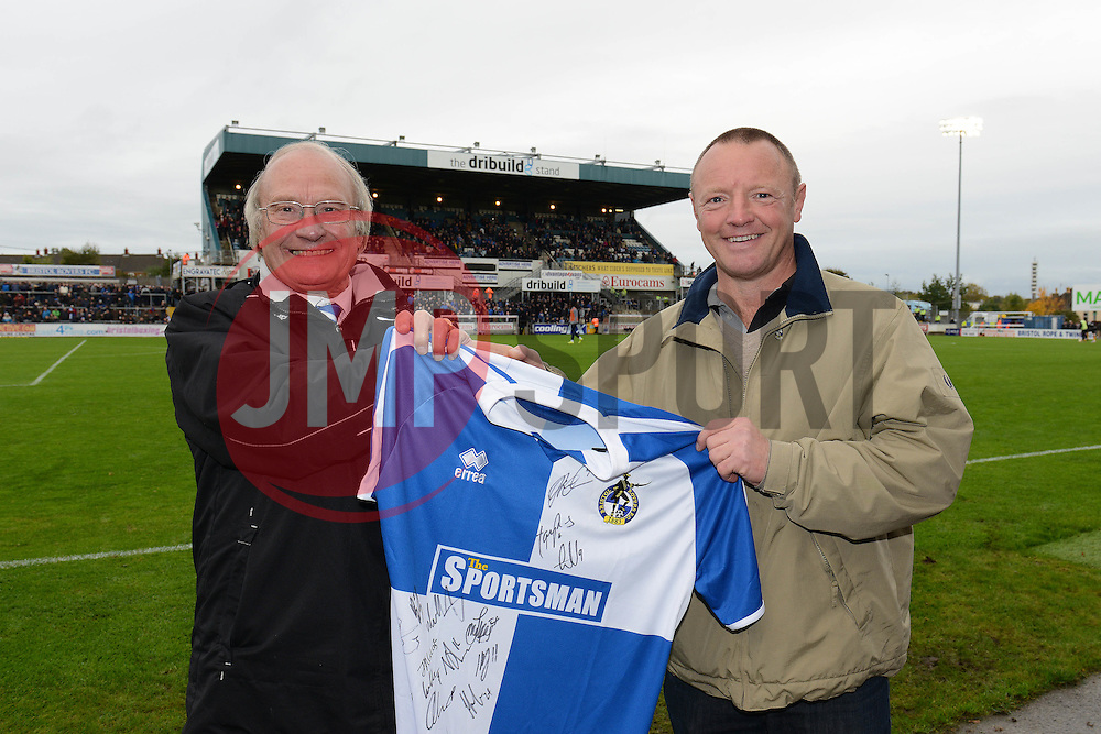 Share Scheme Shirt presentation - Mandatory byline: Dougie Allward/JMP - 07966 386802 - 24/10/2015 - FOOTBALL - Memorial Stadium - Bristol, England - Bristol Rovers v Newport County AFC - Sky Bet League Two