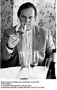 Robert Parker drinking wine. Baltimore. U.S.A.1996.<br />