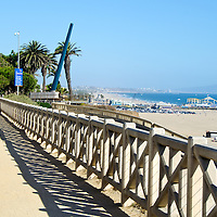 "PALISADES PARK: This lush, 25-acre park overlooking the Pacific is a wonderful place for walkers, bikers and people watchers, and connects with the broad Santa Monica beach made famous in TV's ""Baywatch"" episodes. Palisades Park was given to the city in 1892 for use as a park ""forever"" by Santa Monica's founders, Col. Robert Baker and his partner, Senator John P. Jones. From this slender, 26-acre park set on a cliff and running from Colorado Avenue to just north of San Vicente Boulevard, you'll be treated to breathtaking views of the Bay, which stretches before you from Palos Verdes Peninsula to Malibu. Whether you're coming to rest and enjoy its lawn and palms, or to jog along its paths, Palisades Park is a great place above it all. There is also a Visitors Center located here for information on the area."