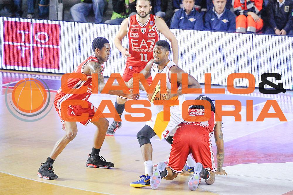 DESCRIZIONE : Roma Lega A 2014-15 <br /> Acea Roma EA7 Milano<br /> GIOCATORE : Ejim Melvin<br /> CATEGORIA : Tecnica Controcampo<br /> SQUADRA : Acea Roma<br /> EVENTO : Lega A 2014-15 <br /> GARA : Acea Roma EA7 Milano<br /> DATA : 21/12/2014<br /> SPORT : Pallacanestro<br /> AUTORE : Agenzia Ciamillo-Castoria/giuliociamillo<br /> Galleria : Lega Basket A 2014-2015<br /> Fotonotizia : <br /> Predefinita :