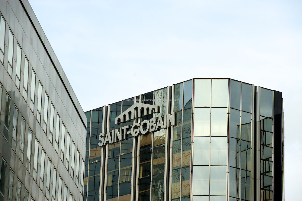 paris, ladefense, saint gobain group headquarters