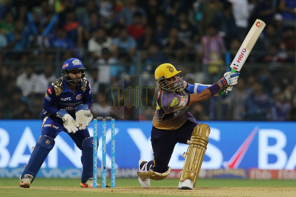 Robin Uthappa of the Kolkata Knight Riders plays a shot during match 7 of the Vivo 2017 Indian Premier League between the Mumbai Indians and the Kolkata Knight Riders held at the Wankhede Stadium in Mumbai, India on the 9th April 2017<br /> <br /> Photo by Vipin Pawar - IPL - Sportzpics