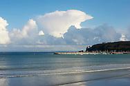 Vue sur la baie de Morgat, Presqu'ile de Crozon, Bretagne, France. Crozon peninsula, Brittany, France.