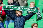 GRONINGEN - 23-10-2016, FC Groningen - AZ, Noordlease Stadion, supporter Groningen, sjaal.