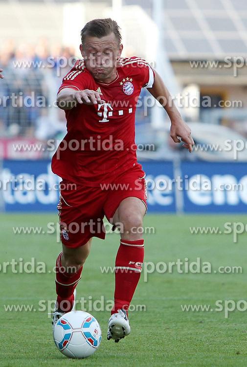 14.07.2011, Ernst-Abbe-Sportfeld, Jena, GER, Benefizspiel, Carl Zeis Jena vs FC Bayern im Bild ..Ivica Olic (Bayern München) .. //during the freindlc match between Carl Zeis Jena - FC Bayern 2011/07/14   EXPA Pictures © 2011, PhotoCredit: EXPA/ nph/  Hessland       ****** out of GER / CRO  / BEL ******