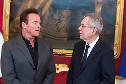 25.03.2017, Präsidentschaftskanzlei, Wien, AUT, Kaliforniens Ex-Gouverneur und Schauspieler Schwarzenegger bei Bundespräsident Van der Bellen zu einem Treffen, im Bild v.l.n.r. Arnold Schwarzenegger und Bundespräsident Alexander Van der Bellen // f.l.t.r. Arnold Schwarzenegger and federal president of Austria Alexander Van der Bellen during meeting between former governor of California Schwarzenegger and federal president of Austria at Federal Presidents Office in Vienna, Austria on 2017/03/25, EXPA Pictures © 2017, PhotoCredit: EXPA/ Michael Gruber
