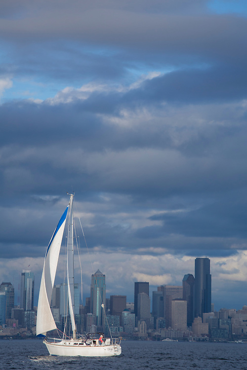 Seattle, Sailing in Elliot Bay