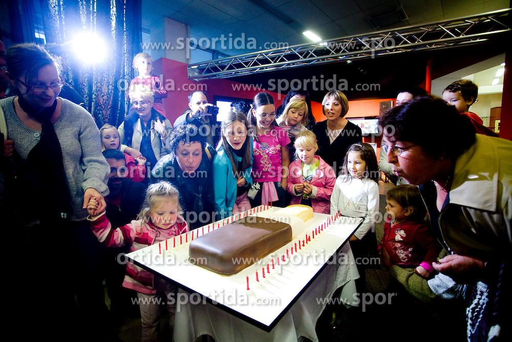 Otroci na zakljucni prireditvi ob 50-letnici sladoleda Lucka Ljubljanskih mlekarn, 24. septembra 2008, salon Gorenje, Ljubljana, Slovenija. (Photo by Vid Ponikvar / Sportal Images)
