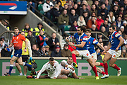 Twickenham, United Kingdom. 7th February, Full back, Yoann HUGET attaching on the wing, during England vs France, 2019 Guinness Six Nations Rugby Match   played at  the  RFU Stadium, Twickenham, England, <br /> &copy; PeterSPURRIER: Intersport Images