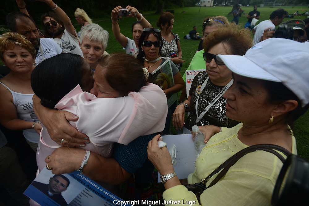 BALTIMORE MD - Sept. 08, 2012.- Kimberly Armstrong, whose 16 year old son, Eric Villines, was killed in drug-related violence in Baltimore, gets a hug from Mar&iacute;a Gonzalez Vela of Puebla, Mexico, whose own son, Andres Ascencion Gonzalez, 37, has been missing since he was kidnapped by a drug cartel operating in Tamaulipas. He is an American citizen. &quot;I wish I had a grave, a place to cry for my son,&quot; Vela told Armstrong.<br />