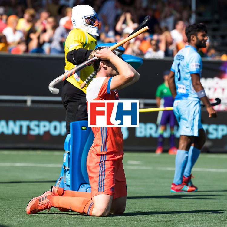 BREDA - Teleurstelling bij Mirco Pruyser (Ned)  tijdens Nederland- India (1-1) bij  de Hockey Champions Trophy. India plaatst zich voor de finale.  COPYRIGHT KOEN SUYK