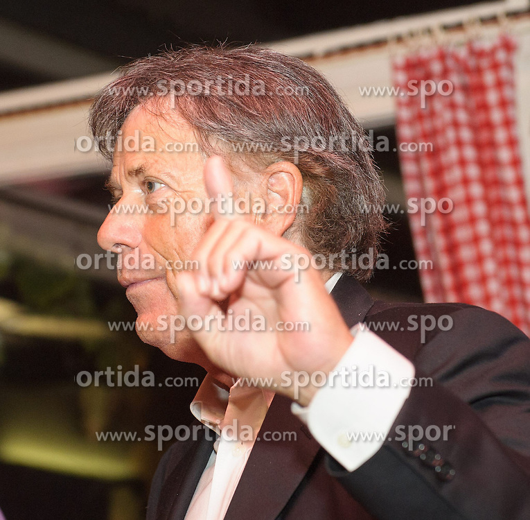 18.10.2012, Alter Bach-Hengl, Wien, AUT, OeSV, OeSV Praesident laedt ein, im Bild ÖSV Praesident Peter Schröcksnadel // OeSV President Peter Schroecksnadel during press evening of OeSV President at Alter Bach Hengl, Vienna, Austria on 2012/10/18, EXPA Pictures © 2012, PhotoCredit: EXPA/ M. Gruber