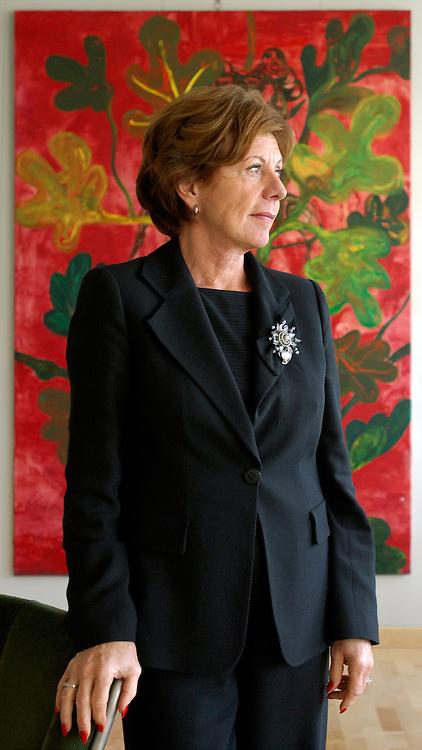 BRUSSELS, BELGIUM - NOV-22-2005 - Neelie Smit Kroes , European Commissioner of Competition. (PHOTO © JOCK FISTICK)<br />