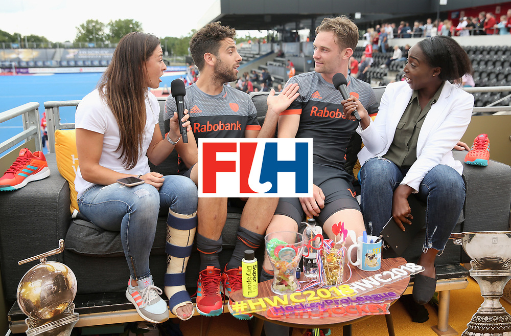 LONDON, ENGLAND - JUNE 24:  Netherlands players speak on the social sofa after the semi-final match between England and the Netherlands on day eight of the Hero Hockey World League Semi-Final at Lee Valley Hockey and Tennis Centre on June 24, 2017 in London, England.  (Photo by Alex Morton/Getty Images)