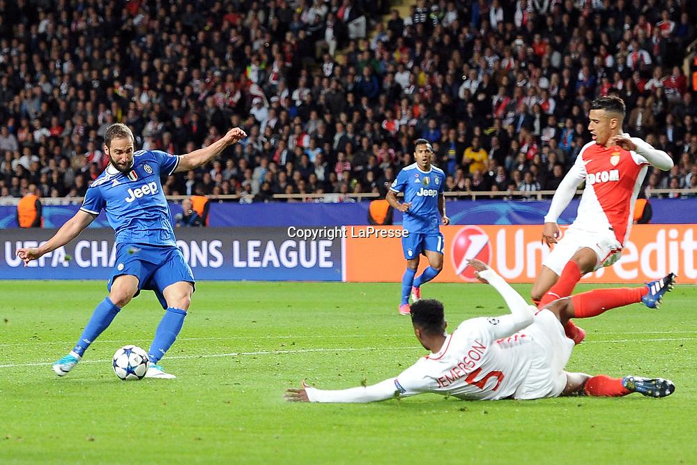 Photo LaPresse - Valerio Andreani<br /> 03 May 2017 City Monaco<br /> Sport Soccer<br /> Monaco-Juventus<br /> Semi-finals Champions League 2016/2017 - &quot;Louis II&quot; Stadium<br /> in the pic: higuain gonzalo realizza il gol del 0-1