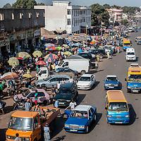 05/03/2014.  Bissau. Guinée Bissau. Vue générale du marché Bandim, le plus marché de la capitale.  ©Sylvain Cherkaoui pour JA