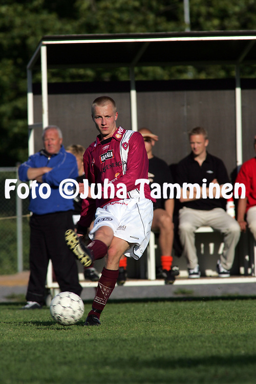 28.06.2004, Musan kentt?, Pori..Suomen Cup, 6. kierros.Musan Salama v FC Lahti.Niko Lepp?nen - FC Lahti.©Juha Tamminen.....ARK:k